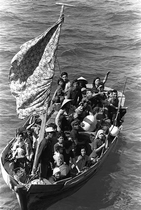 hong kong to vietnam boat vietnamese boat people wikipedia
