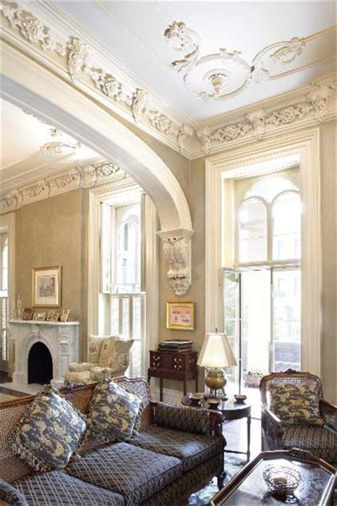 ceiling trim  molding ideas  bring vintage chic