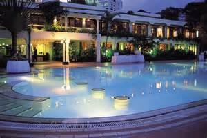 Palm Springs Decor Nairobi Serena Hotel Gold