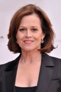 hairstyles for at age 39 sigourney weaver s nose ken fallin