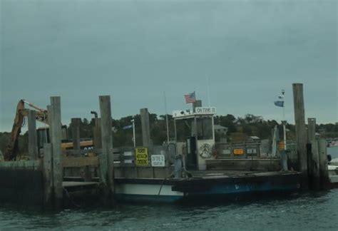 Edgartown Chappaquiddick Ferry Waiting For Ferry Back To Edgartown Picture Of Chappaquiddick Edgartown Tripadvisor