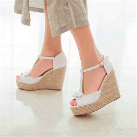 Sandal Wedges Putih by Sandal Wedges Putih Cantik Model Terbaru Murah