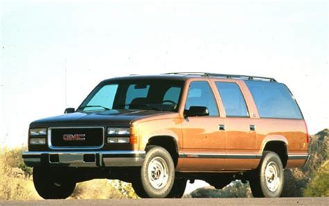 1994 gmc suburban 2500 pricing ratings reviews used 1994 gmc suburban for sale pricing features edmunds