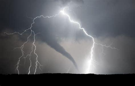 tornado lightning lightning pinterest
