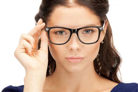 maquillage lunettes de vue comment mettre son regard en