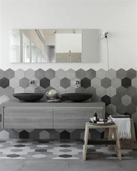 Badezimmer Fliesen Ideen Grau by Graue Fliesen F 252 Rs Badezimmer 61 Bilder Die Sie