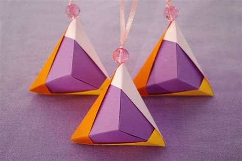 Origami Tree Ornaments - 17 best images about plegado on tree
