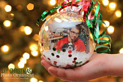 diy christmas photo ornaments are the perfect gift idea