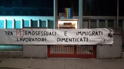 sedi cgil torino striscioni e slogan razzisti e omofobi contro le sedi cgil