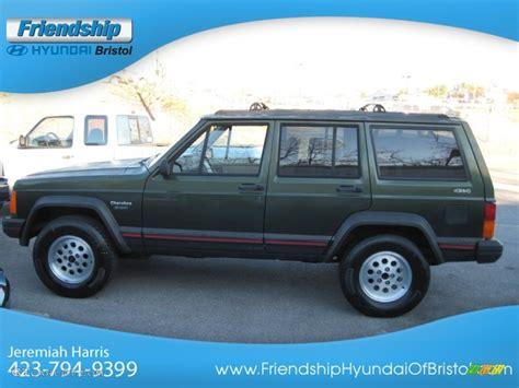 jeep cherokee sport green 1996 moss green pearl jeep cherokee sport 4wd 74624400