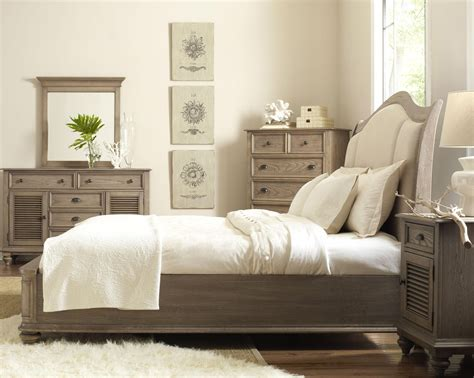 upholstered bedroom furniture demarlos 4pc upholstered panel bedroom set in parchment