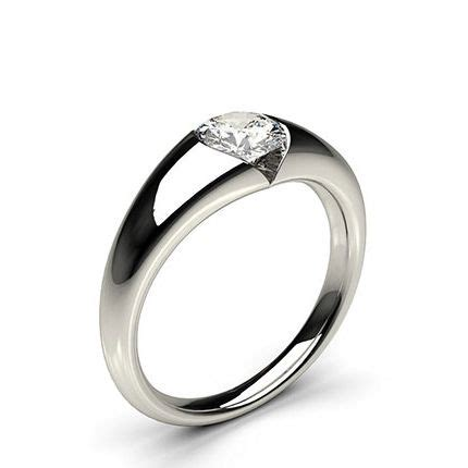 buy white gold engagement ring uk