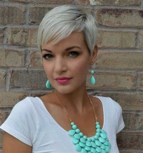 platnium highlights very very short pixie salt and pepper 15 pixie cropped hairstyles pixie cut 2015