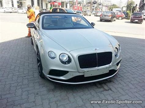 bentley pakistan bentley continental spotted in lahore pakistan on 12 01 2017