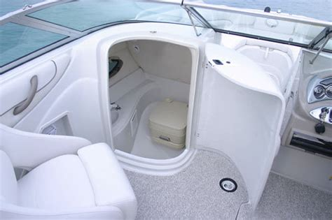 research crownline boats 220 ex deck boat on iboats