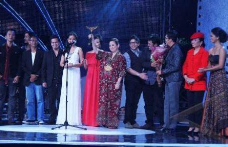 film terbaik festival film indonesia quot sang penari quot jadi film terbaik di ffi 2011 berita