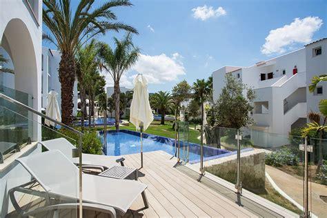 swim up rooms ibiza insotel tarida sensatori resort španělsko ck fischer