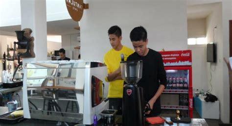 startup fore coffee terima pendanaan tahap awal  east ventures youngsterid