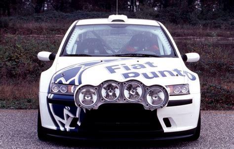 Rally Auto Technische Daten by Fiat Punto Abarth Rally 3 Fotos Und 31 Technische Daten