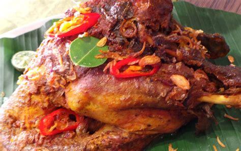 Khusus Jakarta Original Minyak Kayu Putih Cap Ayam 620ml detikfood kabar kuliner resep rekomendasi tempat makan