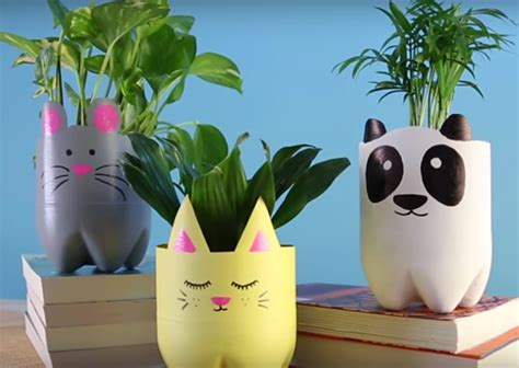 Animal Pots diy cute animal planters made of recycled plastic bottles