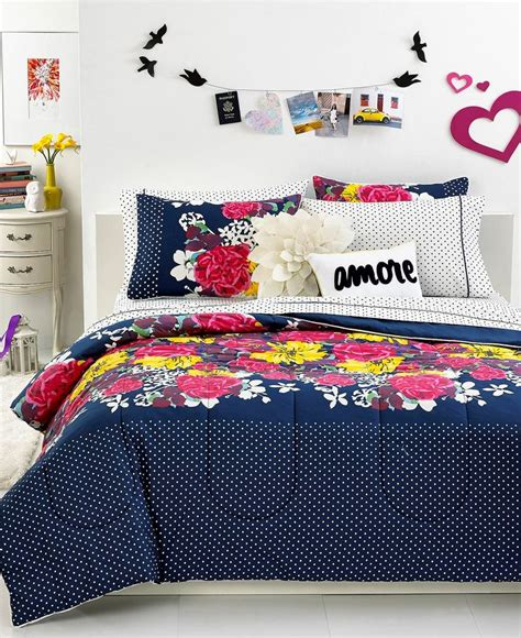 Seventeen Bedding Set Seventeen Garden Comforter Sets Floral Frenzy An Artistic Flower Design In Bright Yellow