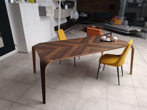 tavolo riflessi prezzo tavolo in legno rettangolare unico riflessi a prezzo ribassato