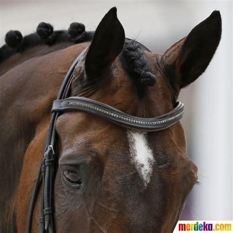Sho Kuda Di Century foto gaya rambut unik kuda balap merdeka