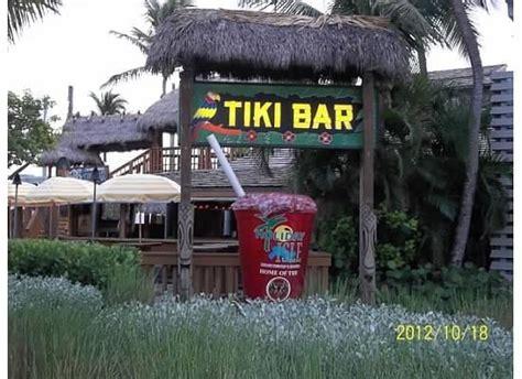 Inn Tiki Bar Tiki Bar Picture Of Postcard Inn Resort Marina
