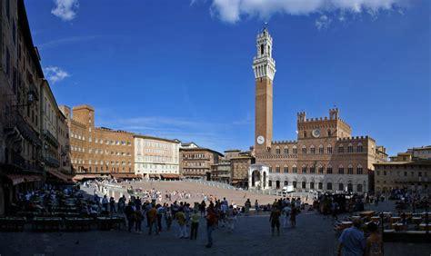 Piazza Calendario 5 187 A Siena E Dintorni Dal 5 All 8 Dicembre 2014