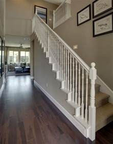 weisse treppe 25 best ideas about white banister on