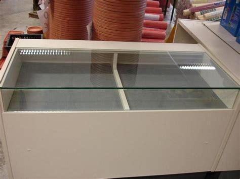 comptoir vitrine magasin comptoir de magasin vitre ou non vitre vendu