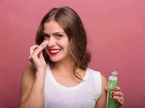 come fare la pulizia viso in casa pulizia viso fatta in casa in 10 mosse