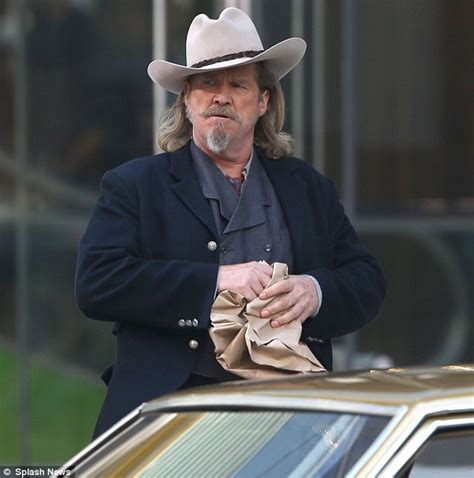cowboy film jeff bridges mary louise parker sports white knee highs on set of new