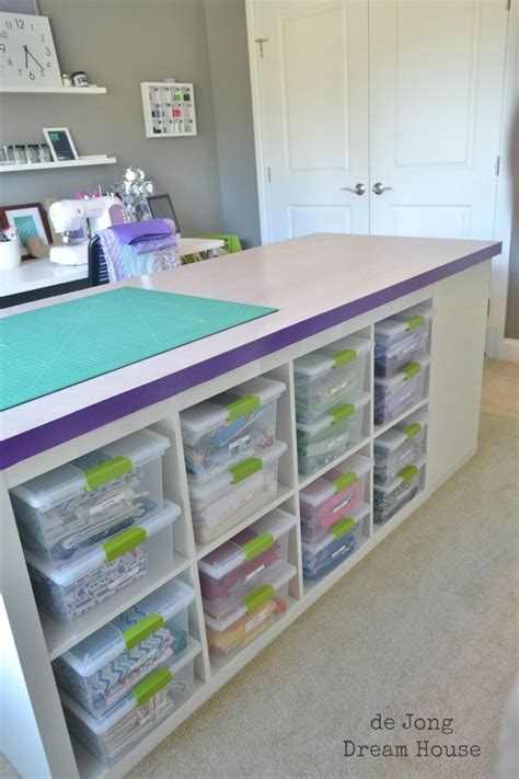 craft room table ideas 25 best ideas about fabric cutting table on