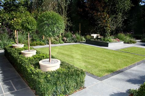 stunning family garden surrey apl awards 09 lynne marcus garden design in kingston surrey