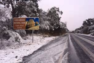 thick snow blankets parts of southern queensland in what