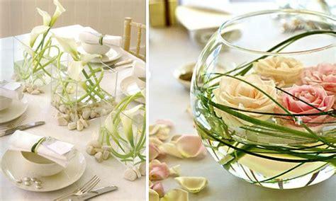 decorar con hojas secas de otoño ramas secas con flores