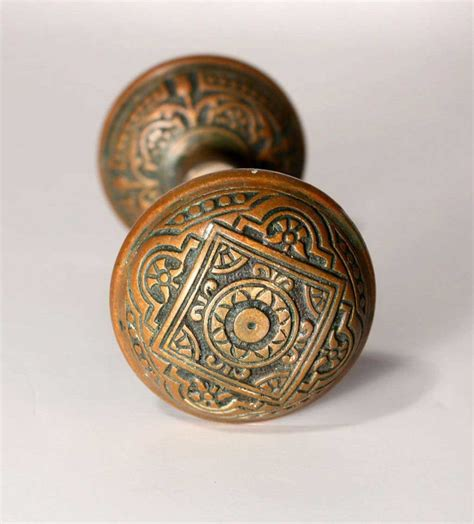 Antique Knobs by 20 Characters To Your Home With Door Knobs Interior