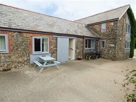 linhay dog friendly cottage in bude cornwall england