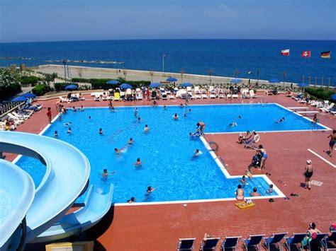 appartamenti in villaggi turistici sicilia last minute agosto in appartamenti vacanza in affitto in