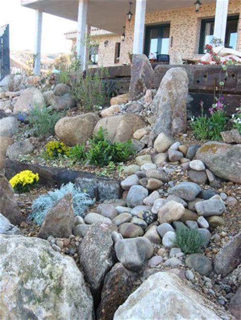 imagenes de jardines con piedras de rio fotos de usos de piedras en el jard 237 n quot plantar piedras quot
