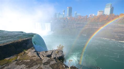 the best niagara falls canada vacation packages 2017 save up to c590 on our deals expedia ca