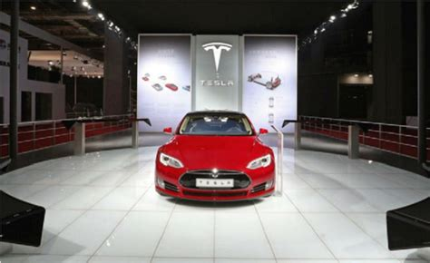 Tesla E85 Tesla Executive Says Other Automakers Electric Cars Are
