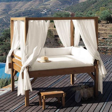 Outdoor Canopy Beds romantic outdoor canopy beds