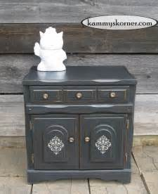 Desk Ideas For Small Spaces - chalk paint furniture finishing to improve your room appearance
