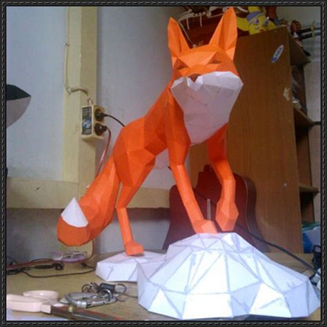 Papercraft Animals Free - animal paper model a fox free papercraft