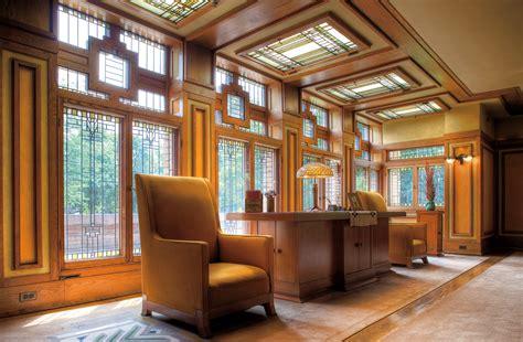 Amazing Frank Lloyd Wright Inspired House Plans #7: Meyer-may-house-lighted-windows.jpg