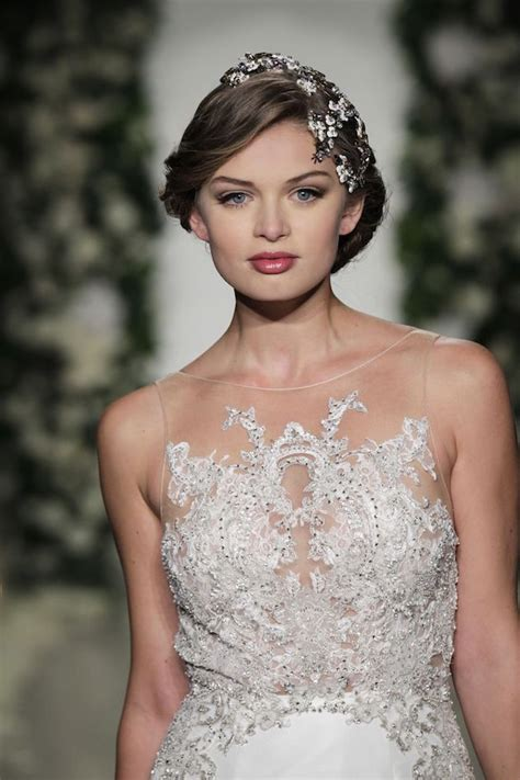 Wedding Hairstyles For Different Dress Types by Dress Up Your Tresses With Different Types Of Hair