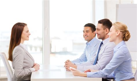 sell yourself what to do and not to do at the job interview